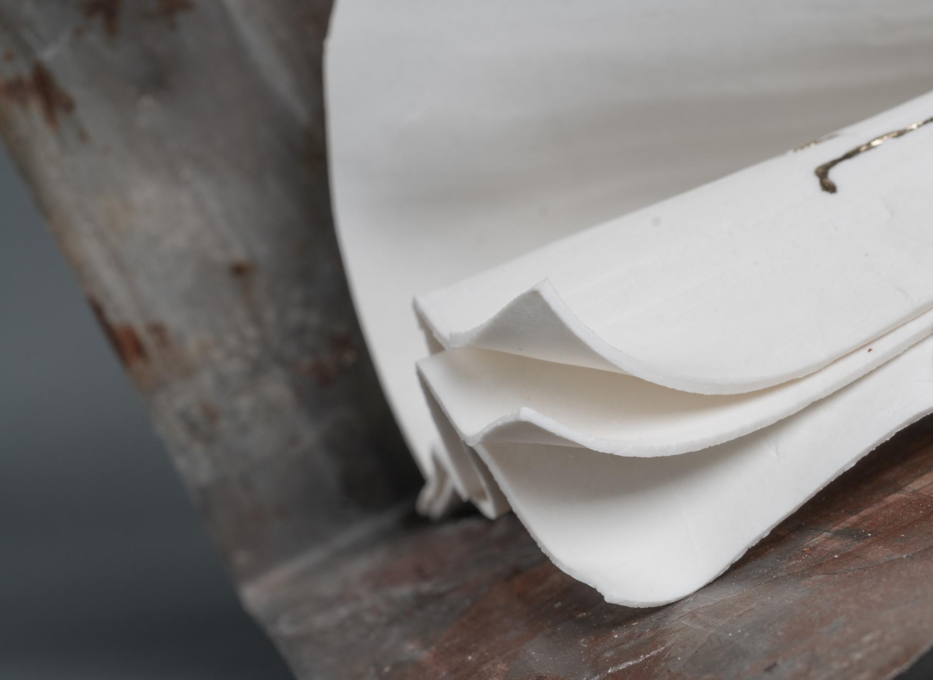 porcelain, iron, kintsugi - 2019